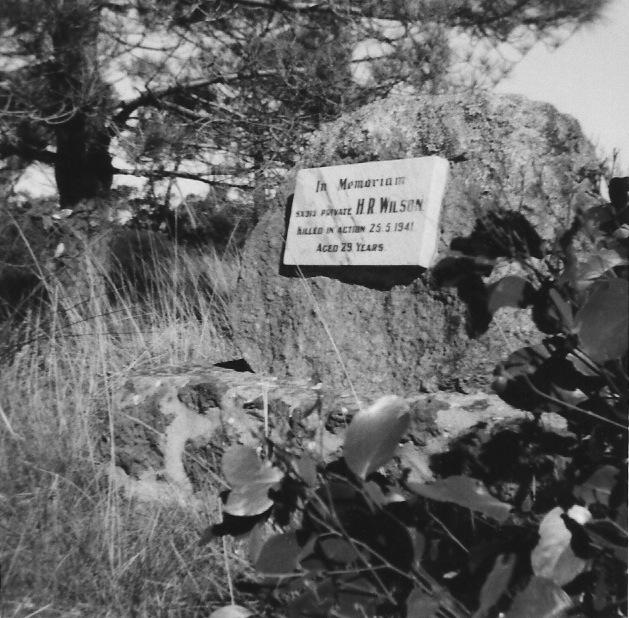 (3) WILSON, Harold Reginald (SX313), plaque B&W