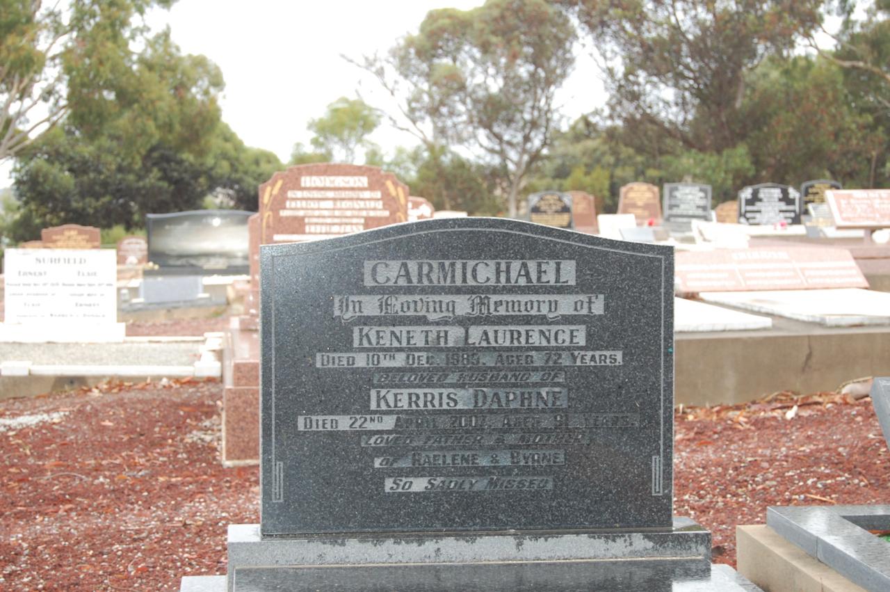 (4) CARMICHAEL, Kenneth Laurence (SX11961), grave